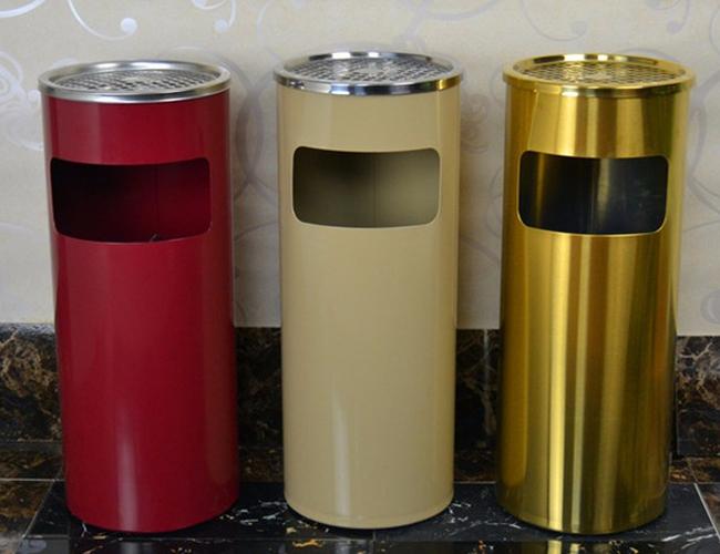 Mua thùng rác inox có gạt tàn tại Hành Tinh Xanh