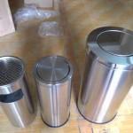 Những ưu điểm của thùng rác inox nắp lật