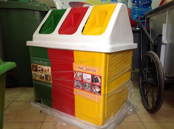 Thùng rác nhựa nhiều ngăn phân loại rác