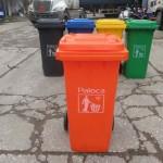 màu thùng rác