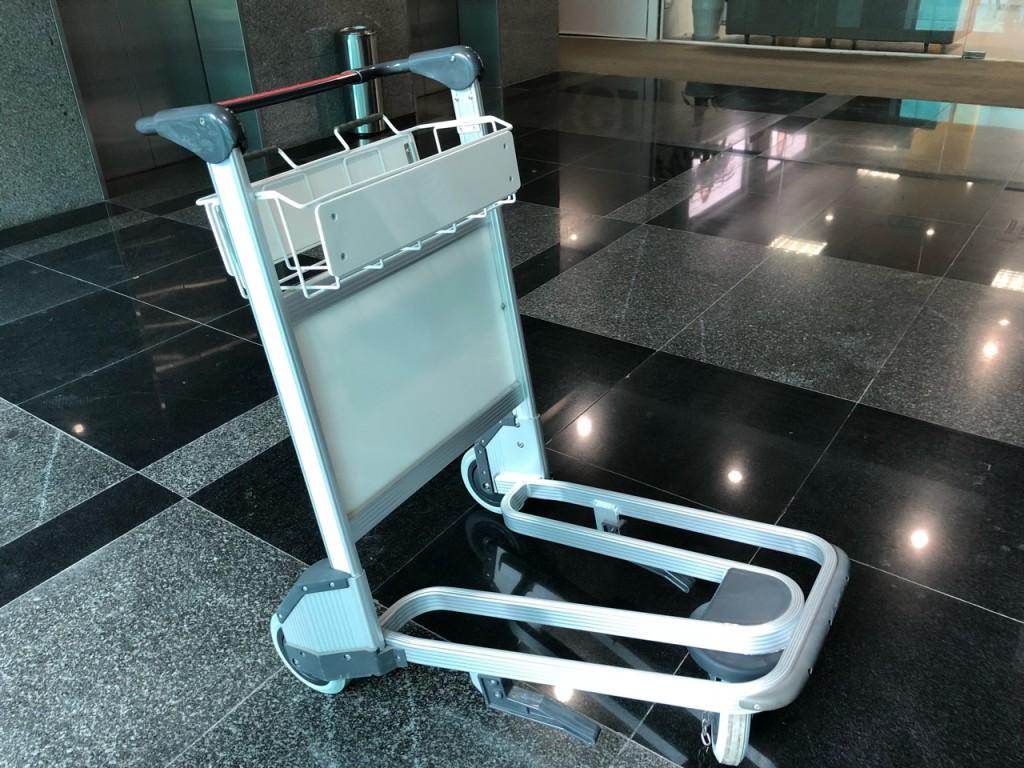 xe đẩy hành lý sân bay giá rẻ