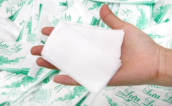Công dụng của khăn lạnh trong khách sạn, nhà hàng