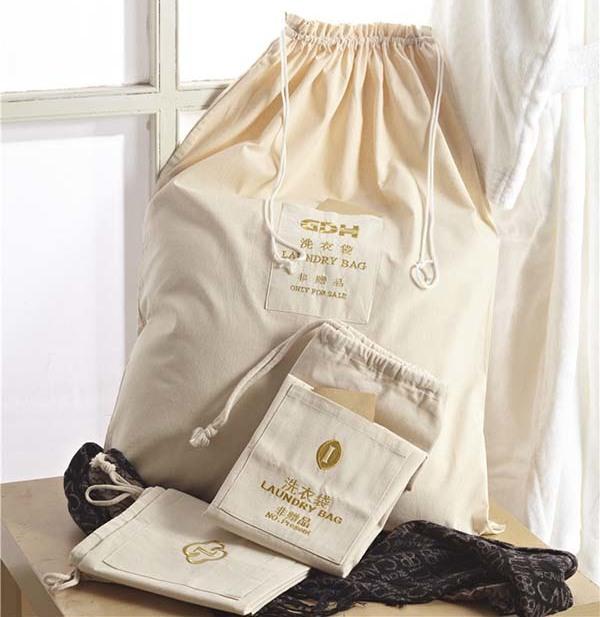 Tổng hợp những mẫu túi giặt là khách sạn phổ biến