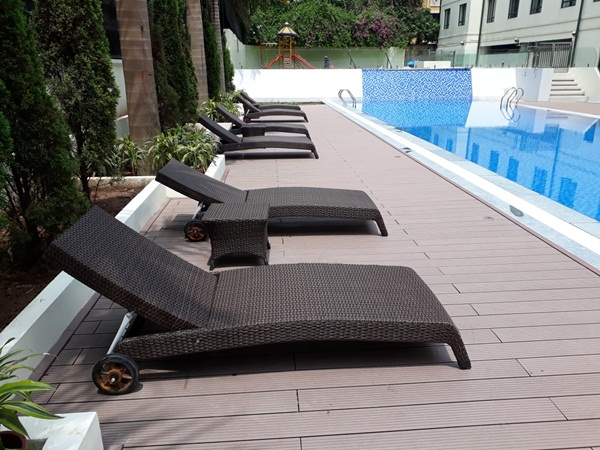 Ghế hồ bơi, giường tắm nắng mây nhựa