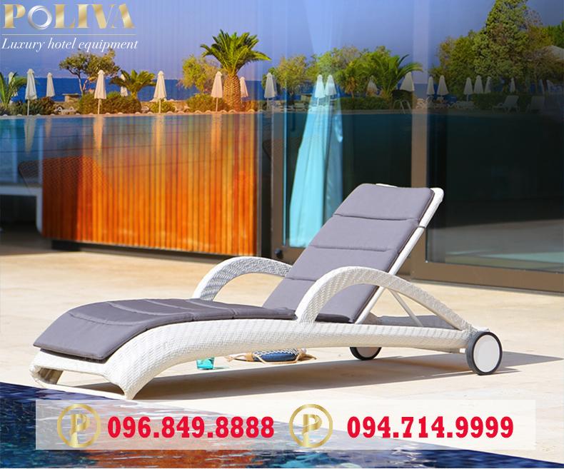Khi nào cần dùng ghế tắm nắng, ghế hồ bơi?