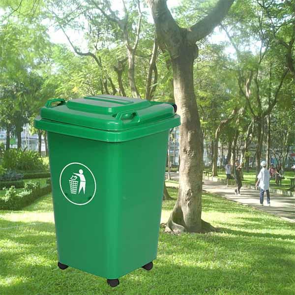 Thùng rác nhựa màu xanh