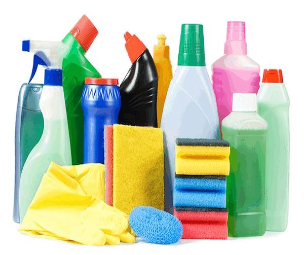 Không nên sử dụng nhiều hóa chất tẩy rửa xe đẩy hành lý thường xuyên