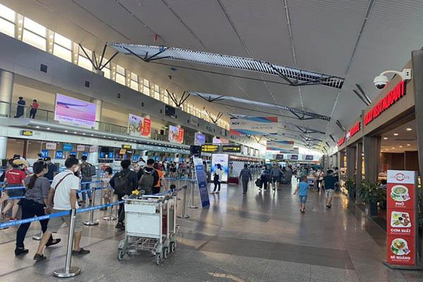 Cột chắn inox dây căng cho sân bay