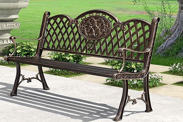 Ghế sắt công viên được làm từ chất liệu cao cấp, chắc chắn bền bỉ