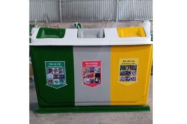 Thùng rác inox 3 ngăn phân loại rác vô cơ, hữu cơ, rác tái chế hiệu quả
