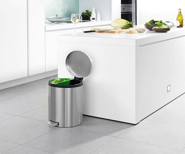 Thùng rác inox mini sự lựa chọn hoàn hảo cho căn bếp gia đình
