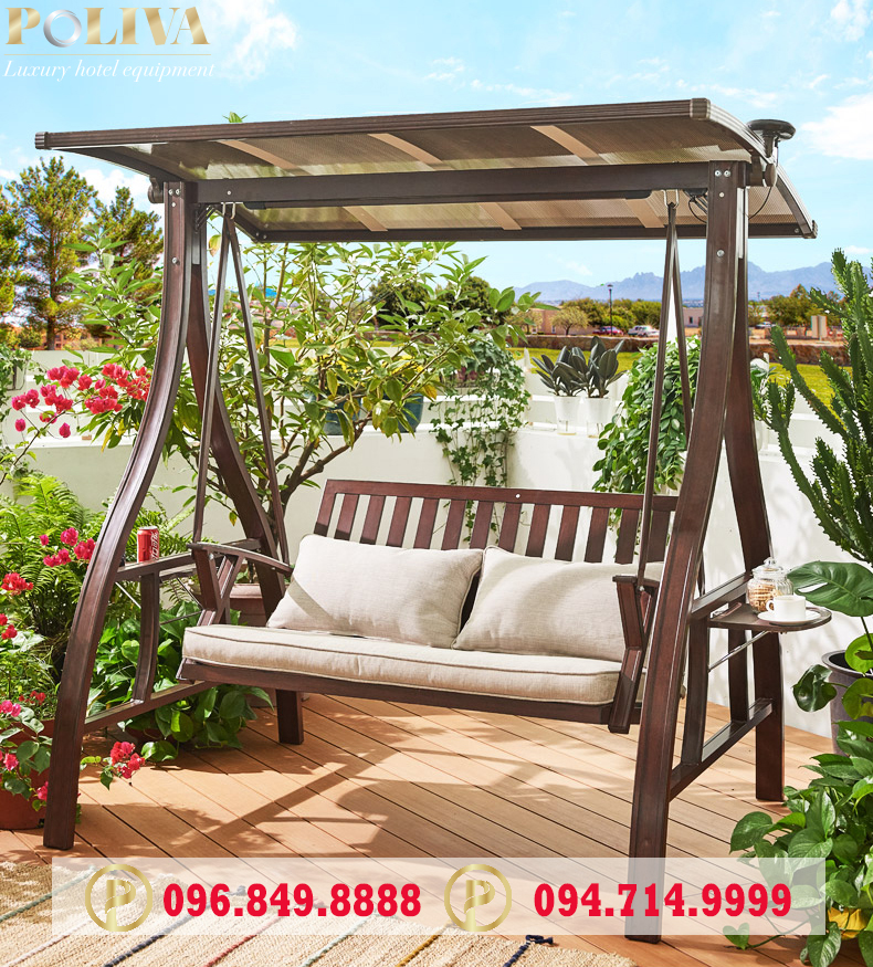 Kết hợp không gian sân vườn với xích đu Poliva