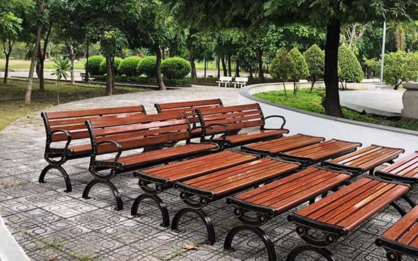 Ghế công viên ngay càng được sử dụng rộng rãi và ưa chuộng