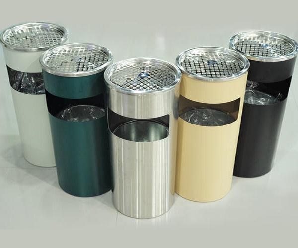 Thùng rác inox gạt tàn 304 có độ bền cao, sáng bóng, không gỉ sét