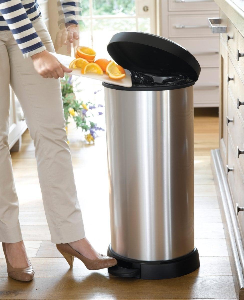 5 Cách khử mùi hôi của thùng rác nhanh chóng hiệu quả