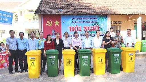 http://hanhtinhxanhhanoi.com/su-dung-thung-rac-cong-cong-co-loi-ich-gi.html/
