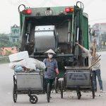 Sử dụng xe thu gom rác tại nông thôn mang lại hiệu quả cao