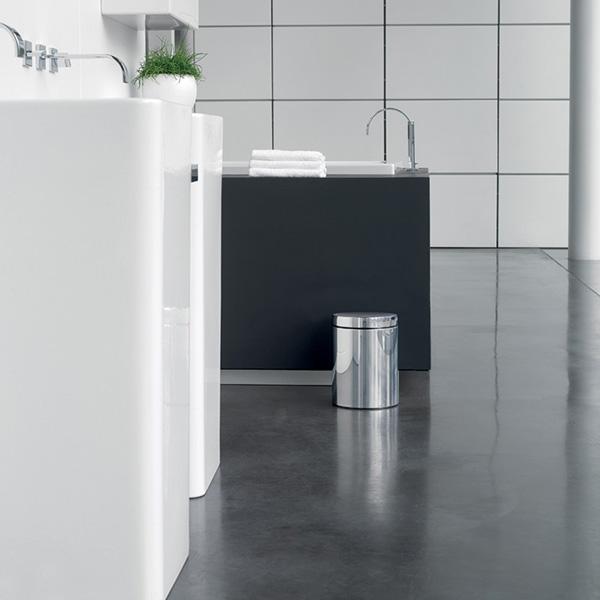 Lý do TTTM thường dùng thùng rác inox tại nhà vệ sinh
