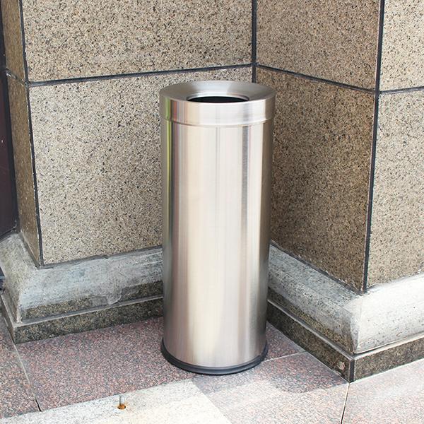 Thùng rác inox thường được dùng tại khu tiền sảnh là vì sao?